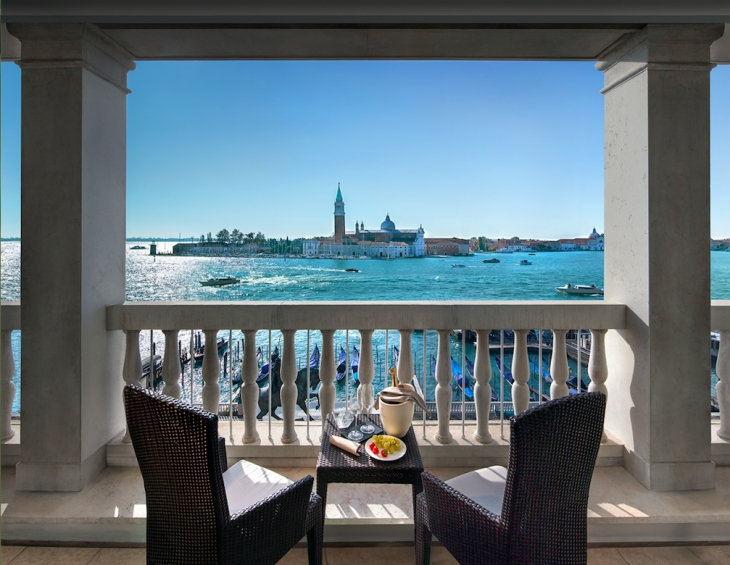 Londra Palace Hotel Venise joins LC BESPOKE collection